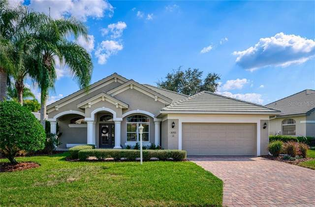 6582 Waters Edge Way, Lakewood Ranch, FL 34202 (MLS #A4480865) :: Griffin Group