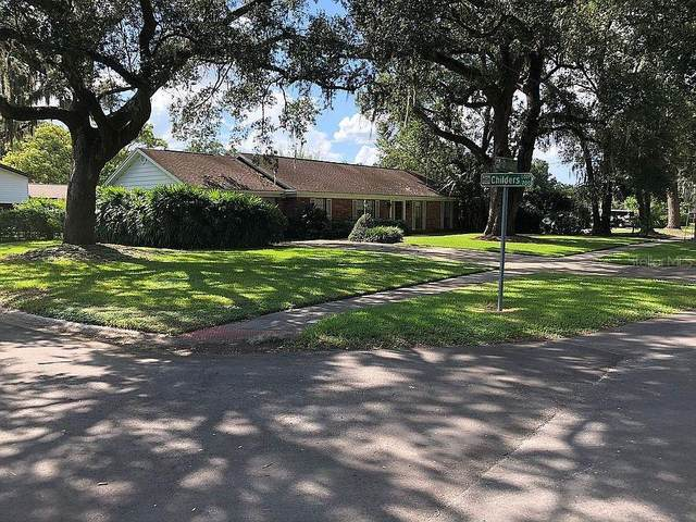 708 S Oakwood Avenue, Brandon, FL 33511 (MLS #A4481150) :: Dalton Wade Real Estate Group