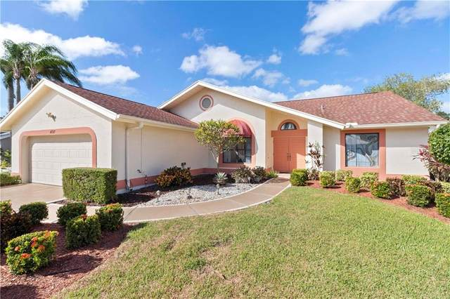 4727 Meadowview Circle, Sarasota, FL 34233 (MLS #A4481309) :: The Paxton Group