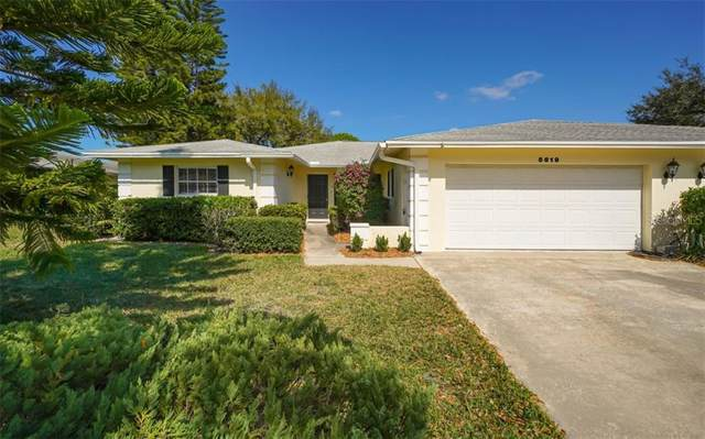 5619 Palm Aire Drive V-104, Sarasota, FL 34243 (MLS #A4481973) :: The Duncan Duo Team