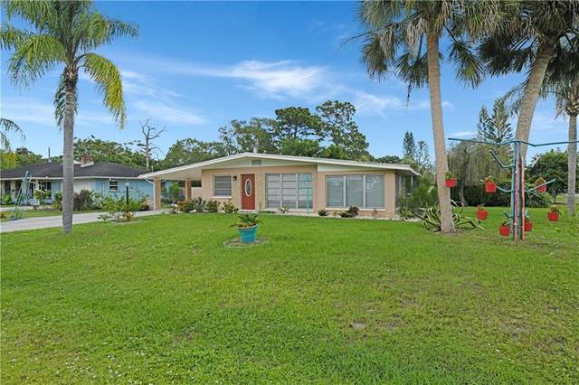 445 W Baffin Drive, Venice, FL 34293 (MLS #A4482045) :: Gate Arty & the Group - Keller Williams Realty Smart