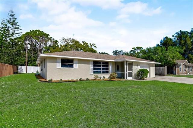 588 Yale Road, Venice, FL 34293 (MLS #A4484368) :: Key Classic Realty