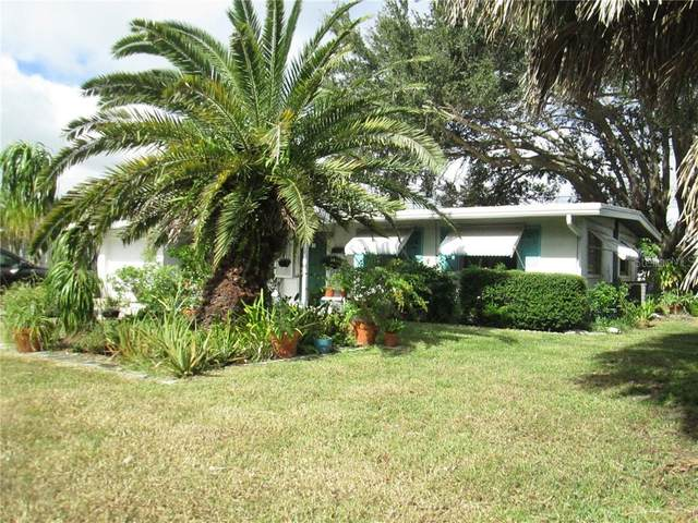2710 Oxford Drive W, Bradenton, FL 34205 (MLS #A4484435) :: Frankenstein Home Team