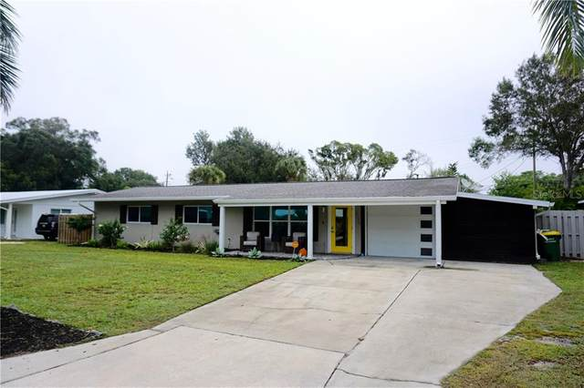 2735 Grove Place, Sarasota, FL 34239 (MLS #A4484455) :: Pristine Properties