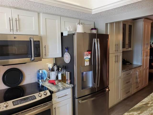 3843 Lake Bayshore Drive 102 Building F, Bradenton, FL 34205 (MLS #A4484479) :: Young Real Estate