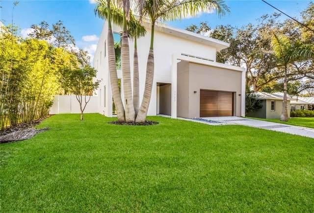 1722 Shoreland Drive, Sarasota, FL 34239 (MLS #A4485575) :: Griffin Group