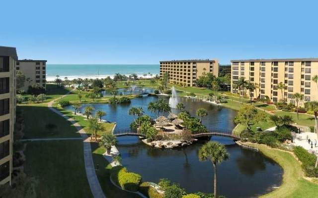 5770 Midnight Pass Road #605, Sarasota, FL 34242 (MLS #A4486589) :: Sarasota Property Group at NextHome Excellence