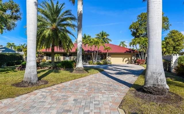 532 N Spoonbill Drive, Sarasota, FL 34236 (MLS #A4487332) :: The Light Team