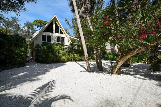 3372 S Seclusion Drive, Sarasota, FL 34239 (MLS #A4488206) :: The Paxton Group