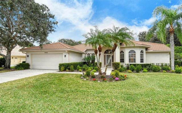 8482 Cypress Hollow Drive, Sarasota, FL 34238 (MLS #A4488422) :: The Duncan Duo Team