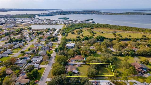 2260 17TH Street W, Palmetto, FL 34221 (MLS #A4488497) :: Premier Home Experts