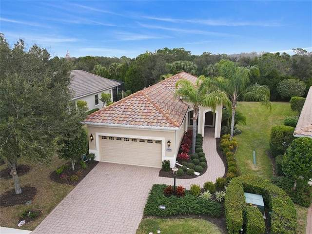 7103 Westhill Court, Lakewood Ranch, FL 34202 (MLS #A4488706) :: Pristine Properties