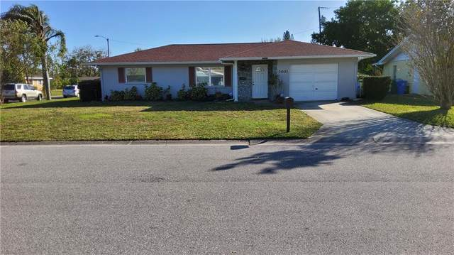 3001 22ND Avenue W, Bradenton, FL 34205 (MLS #A4488760) :: Alpha Equity Team