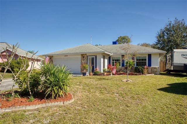 4999 Reagen Way, Sarasota, FL 34232 (MLS #A4489004) :: Sarasota Home Specialists