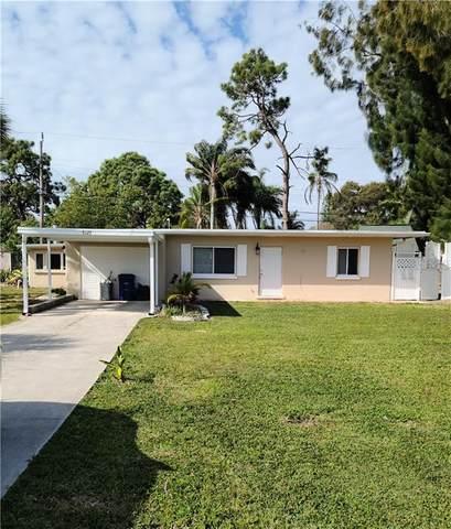 5123 Lemon Bay Drive, Venice, FL 34293 (MLS #A4490388) :: BuySellLiveFlorida.com