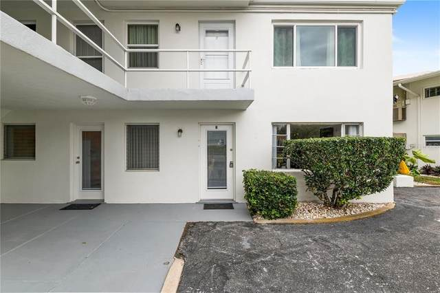 449 Golden Gate Point B, Sarasota, FL 34236 (MLS #A4490616) :: Sarasota Property Group at NextHome Excellence