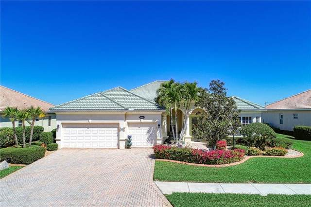 5550 Rock Dove Drive, Sarasota, FL 34241 (MLS #A4492524) :: Bustamante Real Estate