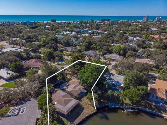 5249 Cape Leyte Drive, Sarasota, FL 34242 (MLS #A4493006) :: Pepine Realty