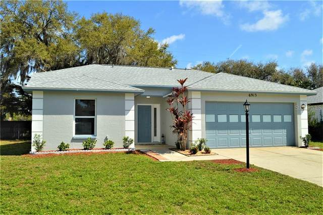 6913 44TH Court E, Sarasota, FL 34243 (MLS #A4493025) :: The Lersch Group