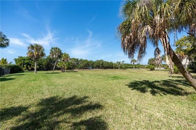 11 Fishermens Bay Drive, Sarasota, FL 34231 (MLS #A4493227) :: The Price Group