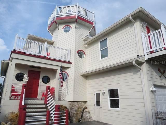 6807 Palm Drive, Holmes Beach, FL 34217 (MLS #A4493350) :: SunCoast Home Experts