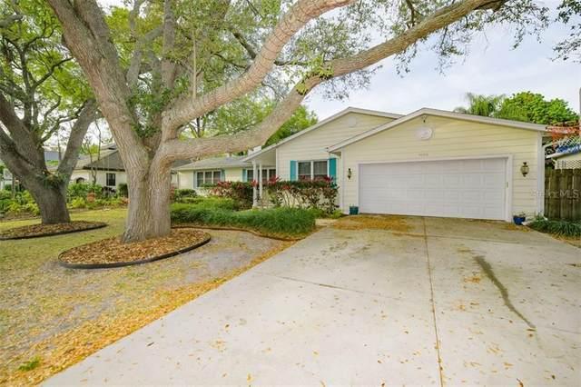 1655 North Drive, Sarasota, FL 34239 (MLS #A4493493) :: BuySellLiveFlorida.com