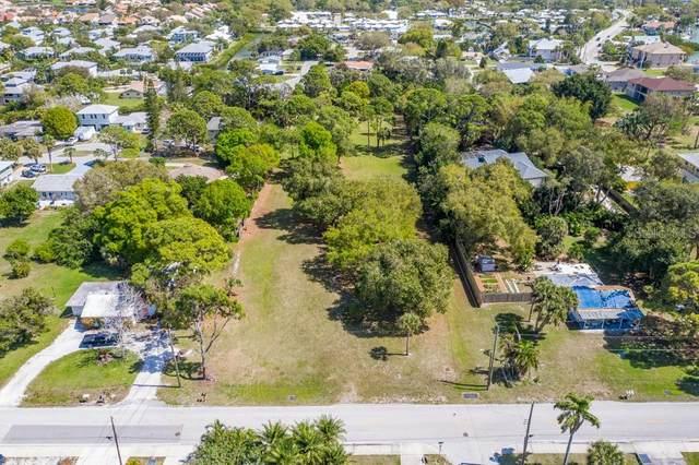 Shore Rd, Nokomis, FL 34275 (MLS #A4493532) :: Everlane Realty