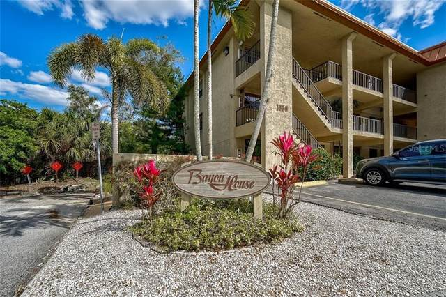 1650 Pine Tree Lane #304, Sarasota, FL 34236 (MLS #A4494023) :: Positive Edge Real Estate
