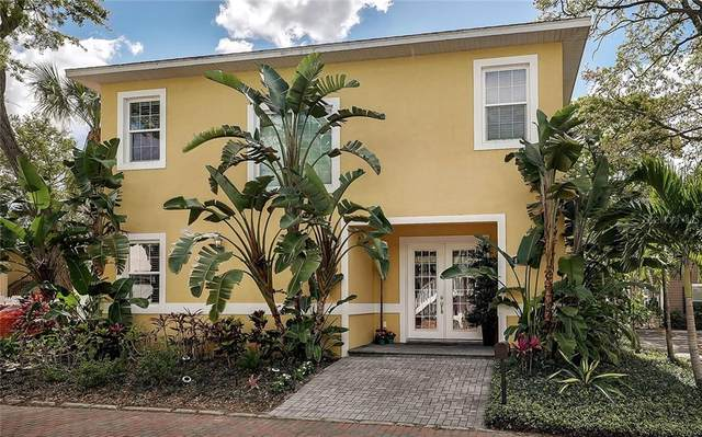 1830 Hawkins Court, Sarasota, FL 34236 (MLS #A4494211) :: McConnell and Associates