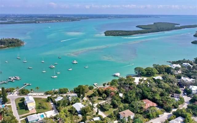 690 Cedar, Longboat Key, FL 34228 (MLS #A4497188) :: Sarasota Home Specialists