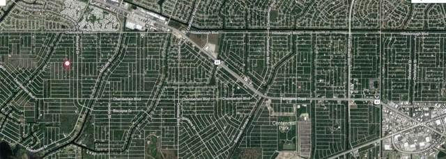 302 Spaulding Street, Port Charlotte, FL 33953 (MLS #A4498013) :: Sarasota Property Group at NextHome Excellence