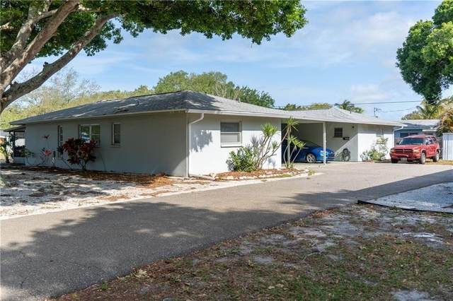 101 Base Avenue, Venice, FL 34285 (MLS #A4498184) :: Pepine Realty