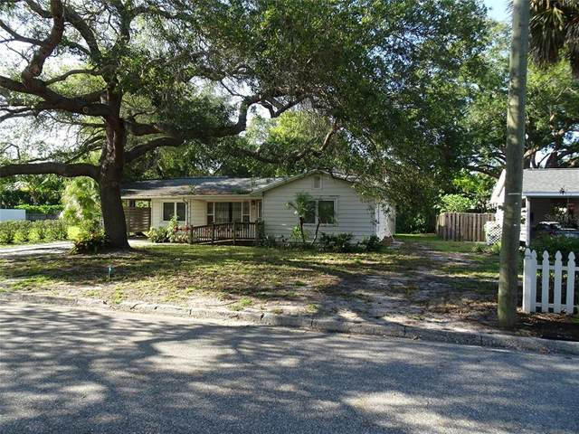 1871 Magnolia Street, Sarasota, FL 34239 (MLS #A4498380) :: The Lersch Group