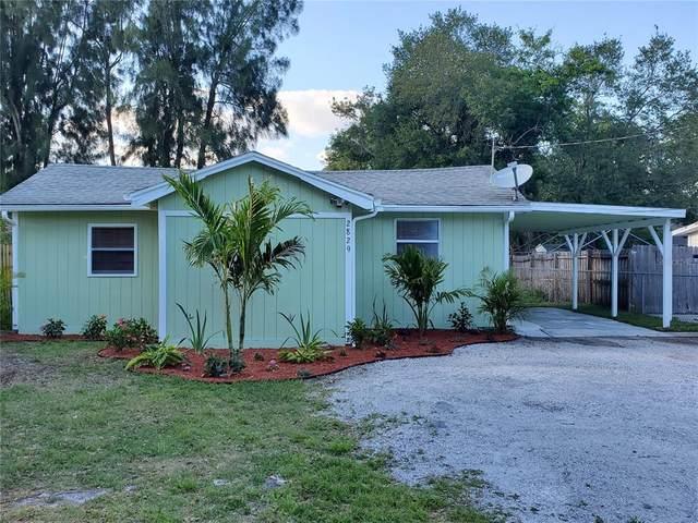 2829 Forest Lane, Sarasota, FL 34231 (MLS #A4498899) :: The Duncan Duo Team