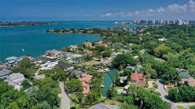 1561 Blue Heron Drive, Sarasota, FL 34239 (MLS #A4499148) :: Bridge Realty Group