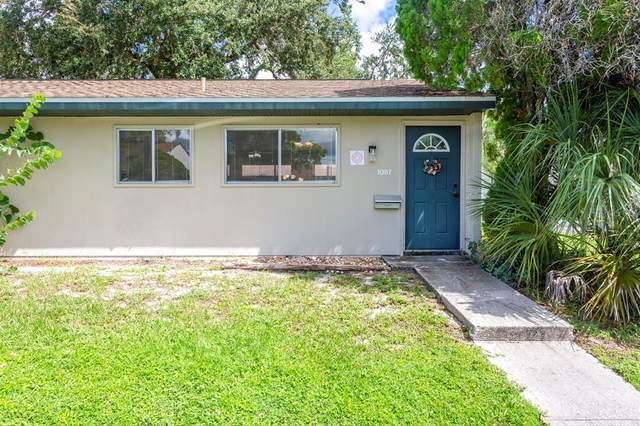 1087 Longfellow Circle, Sarasota, FL 34243 (MLS #A4499400) :: Coldwell Banker Vanguard Realty
