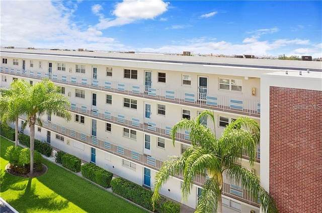 5555 Gulf Boulevard #301, St Pete Beach, FL 33706 (MLS #A4499662) :: Lockhart & Walseth Team, Realtors