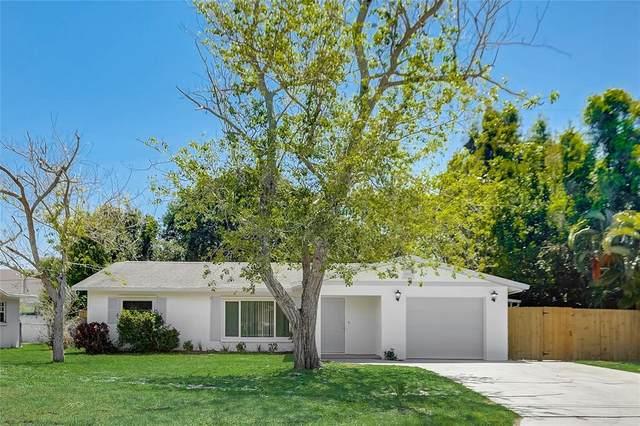 1748 Banyan Drive, Venice, FL 34293 (MLS #A4499780) :: Sarasota Home Specialists