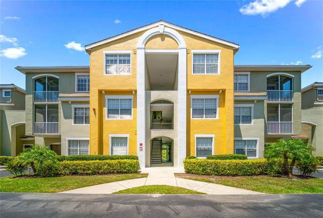 5601 Bentgrass Drive #301, Sarasota, FL 34235 (MLS #A4499944) :: Keller Williams Realty Select