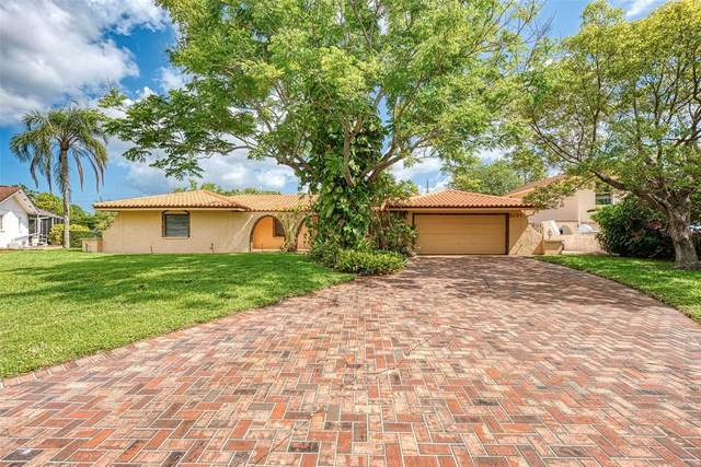 2101 River Ridge Drive, Sarasota, FL 34239 (MLS #A4500005) :: Team Pepka