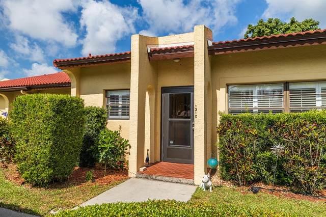 1312 57TH Street W #1312, Bradenton, FL 34209 (MLS #A4500031) :: Aybar Homes