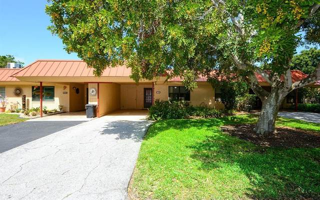 9405 Catalina Drive, Bradenton, FL 34210 (MLS #A4500169) :: The Heidi Schrock Team