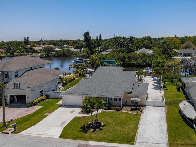 6903 9TH Avenue NW, Bradenton, FL 34209 (MLS #A4500290) :: The Paxton Group