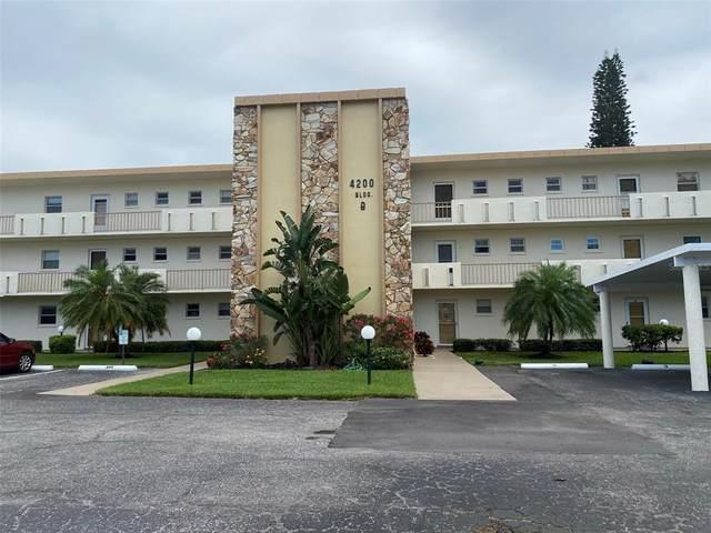 4200 Ironwood Cir  201B 201B, Bradenton, FL 34209 (MLS #A4500640) :: Team Borham at Keller Williams Realty