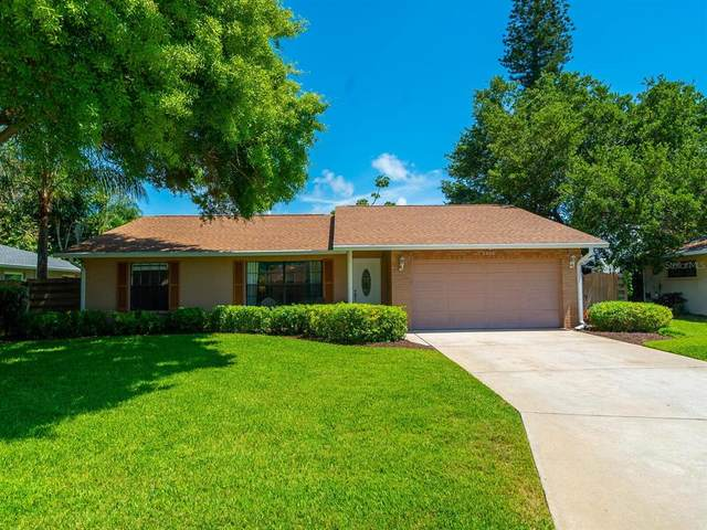 5206 36TH AVENUE Circle W, Bradenton, FL 34209 (MLS #A4500649) :: The Duncan Duo Team