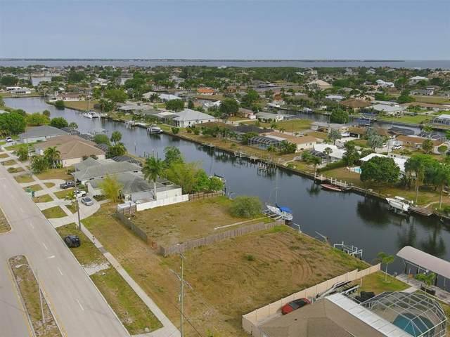 21293 Edgewater Drive, Port Charlotte, FL 33952 (MLS #A4500682) :: Armel Real Estate