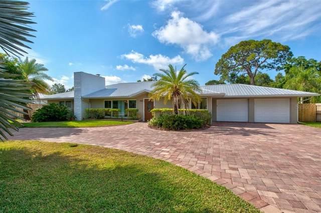 330 Bernard Avenue, Sarasota, FL 34243 (MLS #A4500715) :: Team Pepka