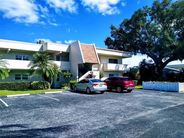 7301 W Country Club Drive N #208, Sarasota, FL 34243 (MLS #A4500722) :: Young Real Estate