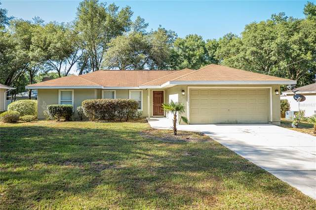 11146 SW 107TH Place, Dunnellon, FL 34432 (MLS #A4500986) :: Carmena and Associates Realty Group