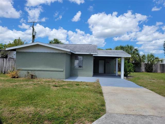 3706 17TH Street W, Bradenton, FL 34205 (MLS #A4501297) :: RE/MAX Premier Properties